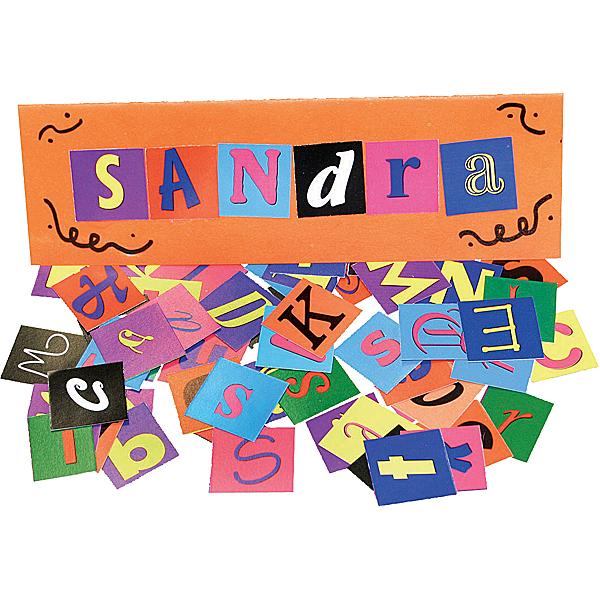 Buchstaben aus Karton